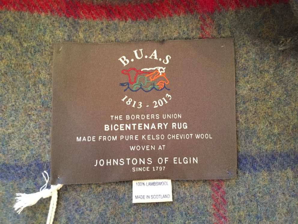 BUAS rug made from 100% lambswool
