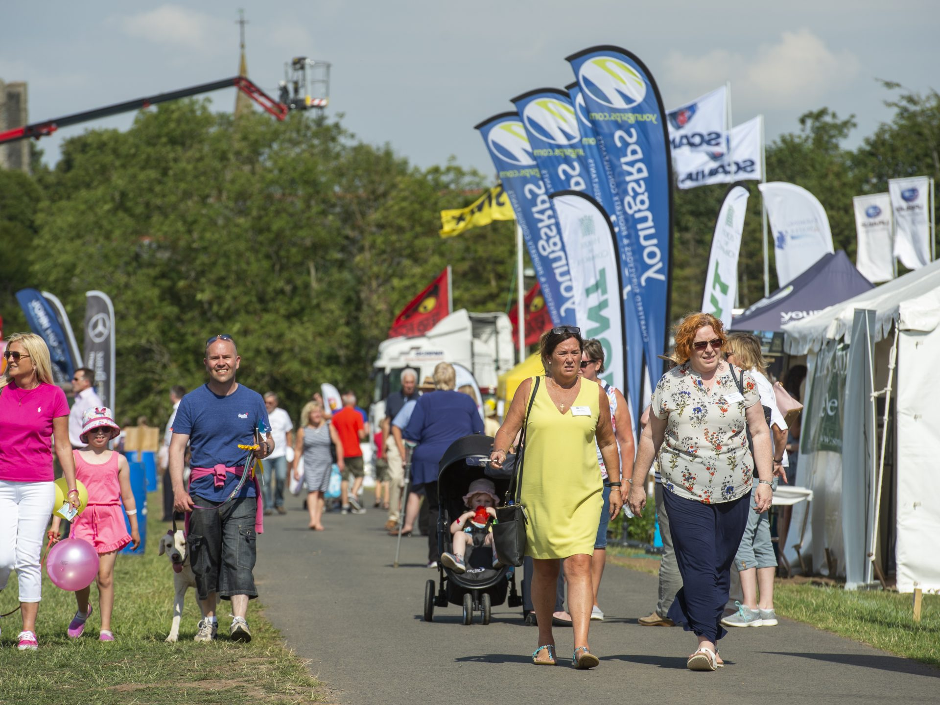 Visitors to Kelso Show